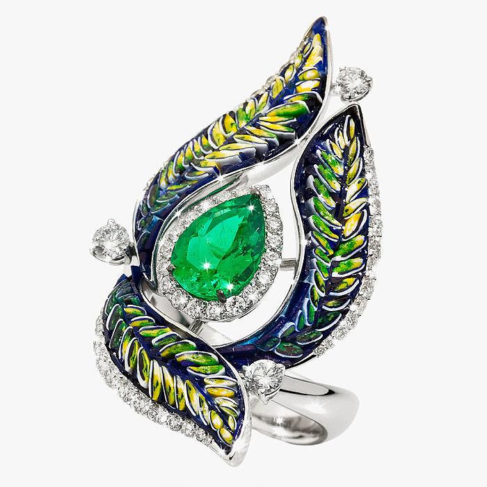 Кольцо Sicis украшенное микромозаикой, изумрудами и бриллиантами