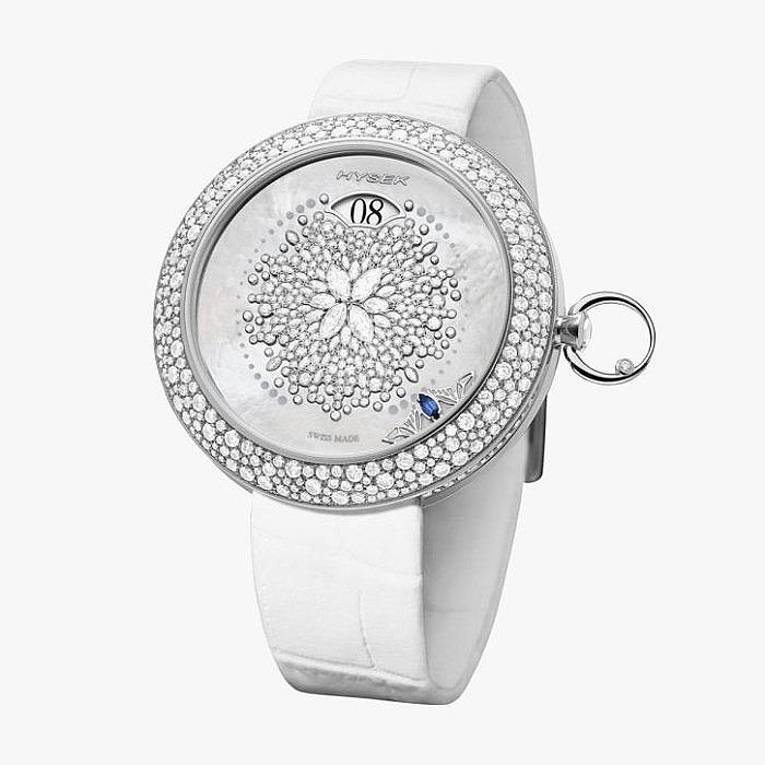 Часы Hysek из титана с бриллиантовым узором