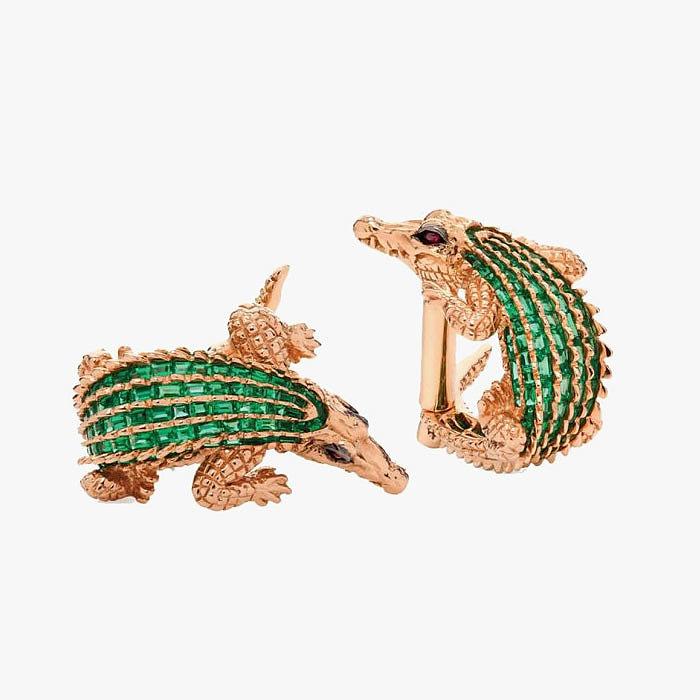 Золотые запонки в форме крокодилов с изумрудными спинами от Tomasz Donocik