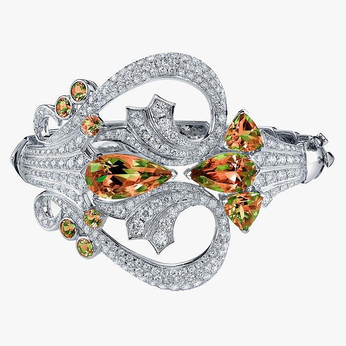 Браслет с султанитами и бриллиантами от Stephen Webster