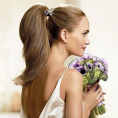 Свадебная прическа с длинными волосами в хвосте
