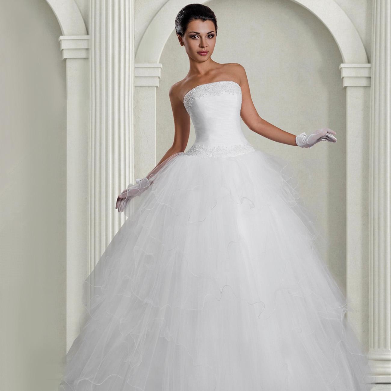 4a7d994b094331b Свадебное платье с пышной юбкой из фатина. Фото: olga-welling.ru