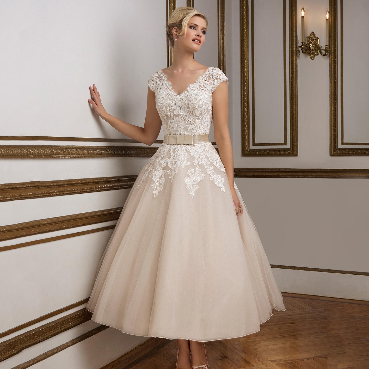 cfca73ebd2d1d71 Свадебные платья в стиле ретро — Jewellery Mag