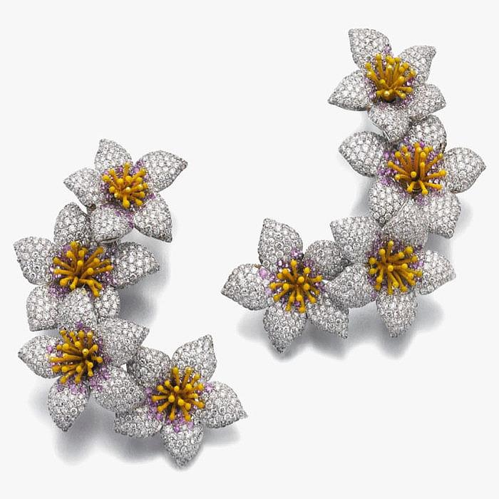 Бриллианты, розовые сапфиры и эмаль в клипсах от Michele della Valle