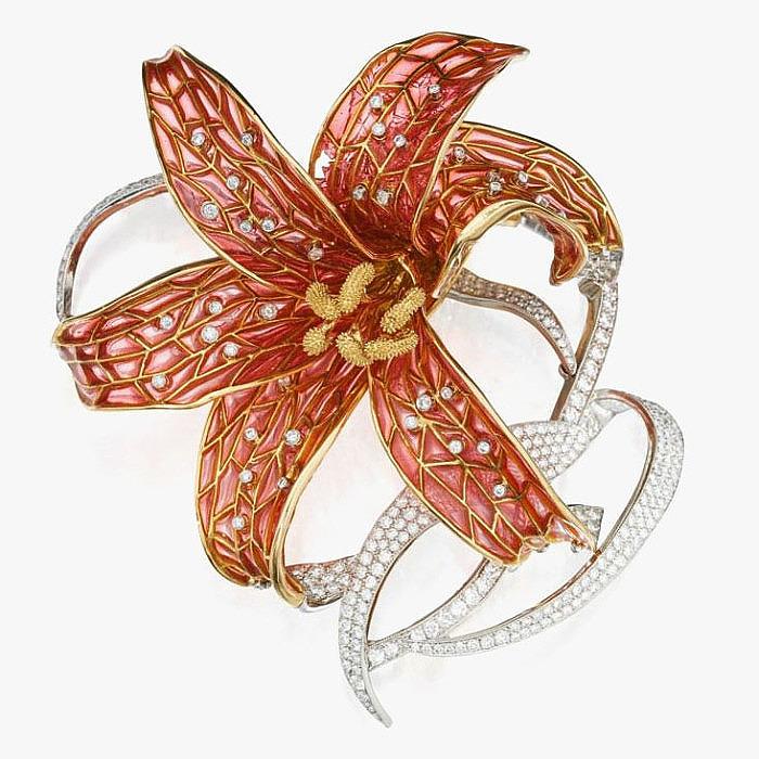 Брошь Tiffany & Co. с эмалью в технике Plique-à-Jour и бриллиантами