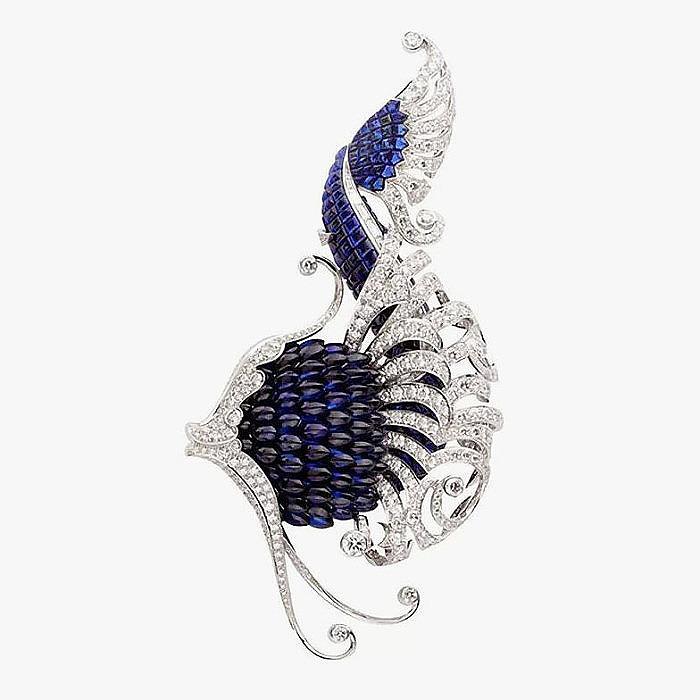 Брошь-рыбка Van Cleef & Arpels с сапфирами и бриллиантами