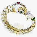 Эмаль, изумруды, рубины и бриллианты в браслете от David Webb