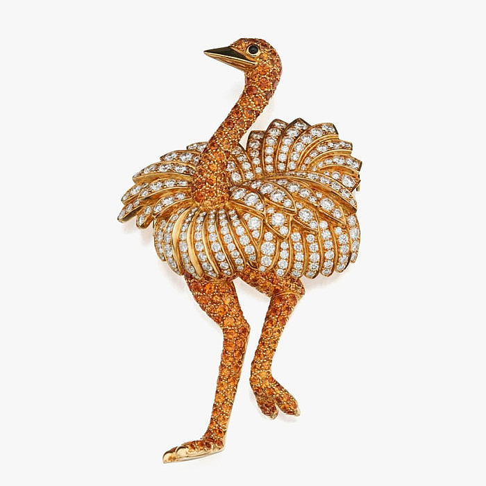 Брошь-страус с гранатами, бриллиантами и ониксом от Tiffany & Co.