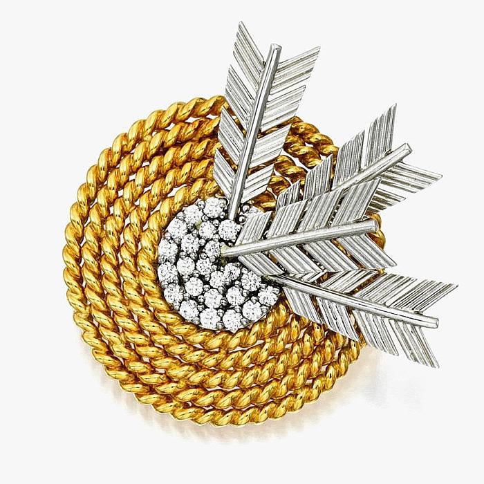 Брошь Arrow из золота и платины с бриллиантами от Verdura