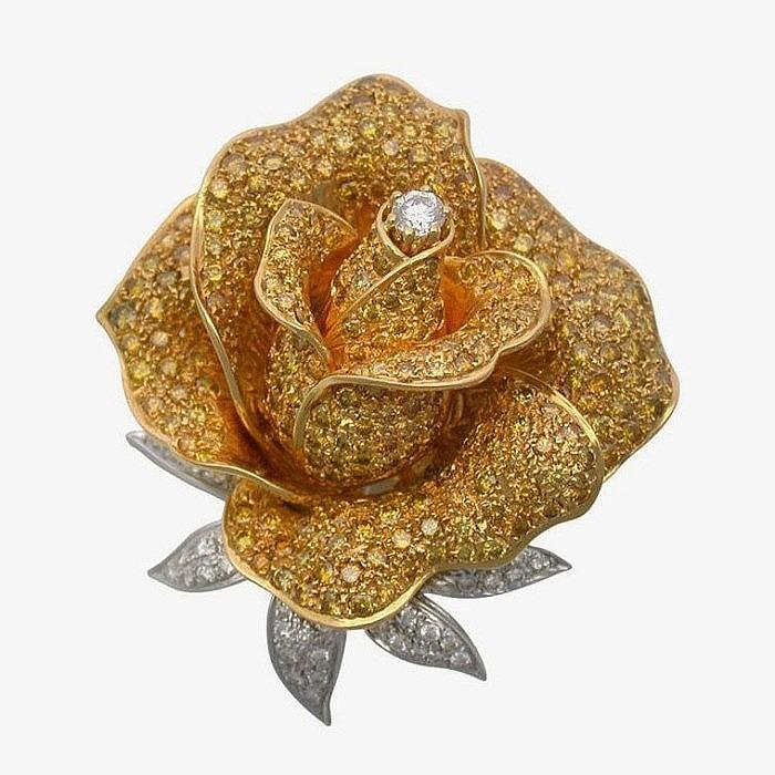 Брошь в форме розы, усыпанной ярко-желтыми бриллиантами, от Sabbadini