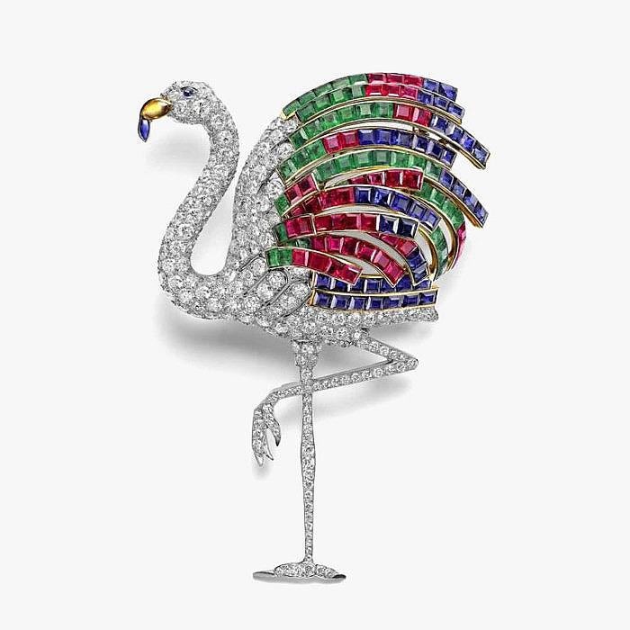 Брошь-фламинго Cartier с бриллиантами, изумрудами, сапфирами, рубинами и цитрином