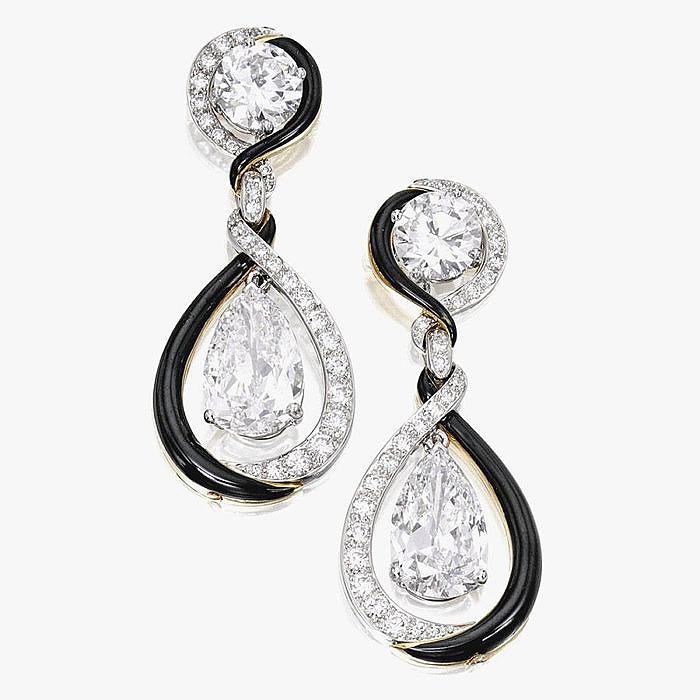Пара серег с бриллиантами и черной эмалью от David Webb