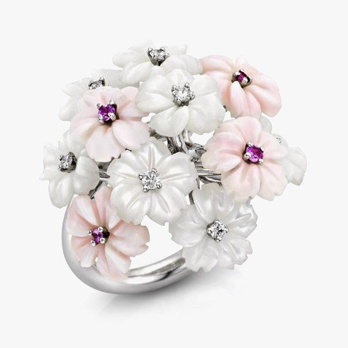 Кольцо-букет Padani с перламутровыми цветами