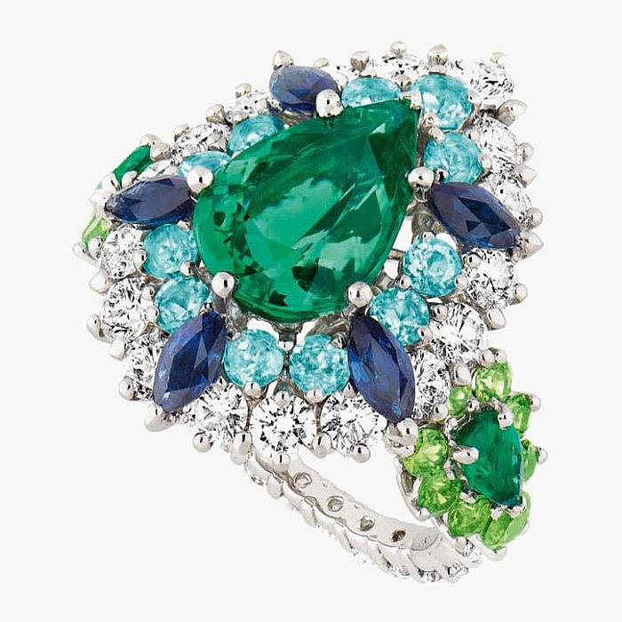 Кольцо Dior с драгоценными камнями