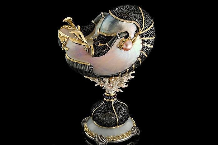 Кубок «Наутилус». Материалы: золото, серебро, бриллианты, жемчуг. «Бокадо».