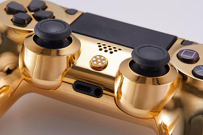 Контроллер Sony DualShock 4 от Brikk
