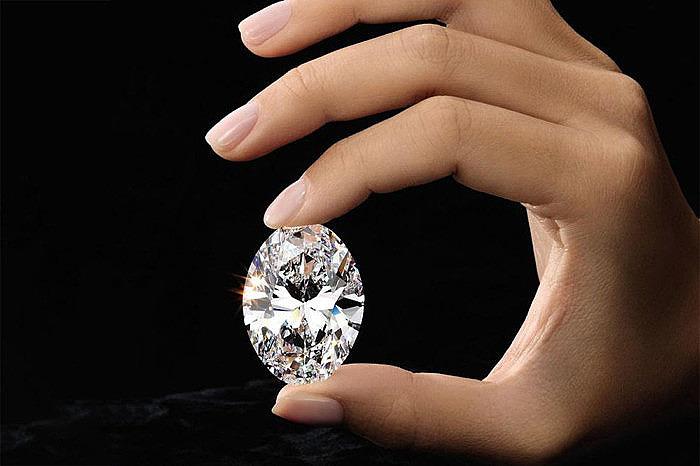 Практичный отец подарил своей дочери 88-каратный бриллиант