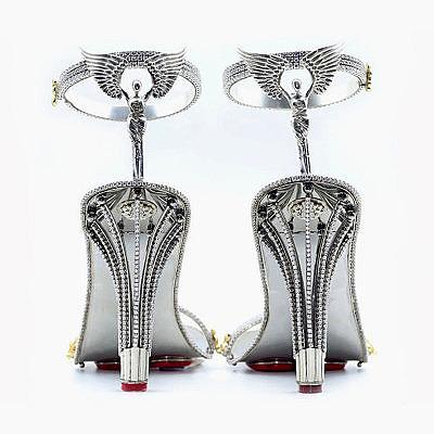 Бирмингемский ювелир создал бриллиантовые туфли стоимостью $ 390 000