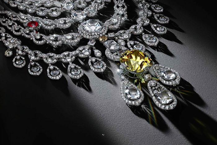 Всемирный музей алмазов выпускает книгу «Diamonds Across Time»